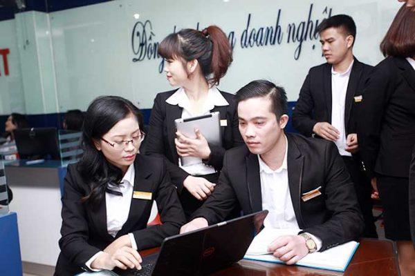 Tuyển dụng nhân viên tư vấn Luật